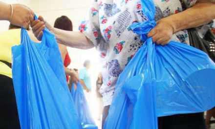 Μεσολόγγι: Διανομή τροφίμων σε δικαιούχους του ΤΕΒΑ