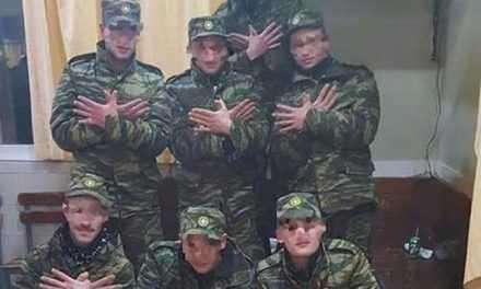 Σάλος με φωτογραφία  στρατιωτών στο Κέντρο Νεοσυλλέκτων Μεσολογγίου!