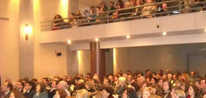 Ομιλία του καθηγητή Κ. Καρακατσάνη για τις αμβλώσεις στη Σχολή Γονέων στο Αγρίνιο