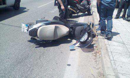 Αγρίνιο: Δικυκλιστής τραυματίστηκε σε τροχαίο κοντά στον κόμβο του Αγίου Δημητρίου (φωτο)