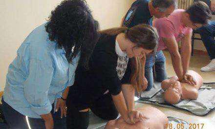 """Σεμινάριο με θέμα """"Πρώτες βοήθειες""""για τους σπουδαστές του Ι.Ε.Κ. ΟΑΕΔ Αγρινίου"""