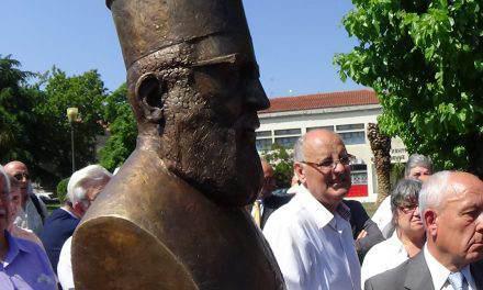 Αγρίνιο: Προτομή του Ιερέα Κωνσταντίνου Κακαβούλα για το σπουδαίο κοινωνικό έργο του(φωτο)