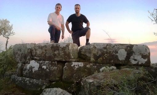 Αγρίνιο: Η σπουδαία «αποκάλυψη» του ξεχασμένου αρχαίου Πύργου από τους φιλολόγους