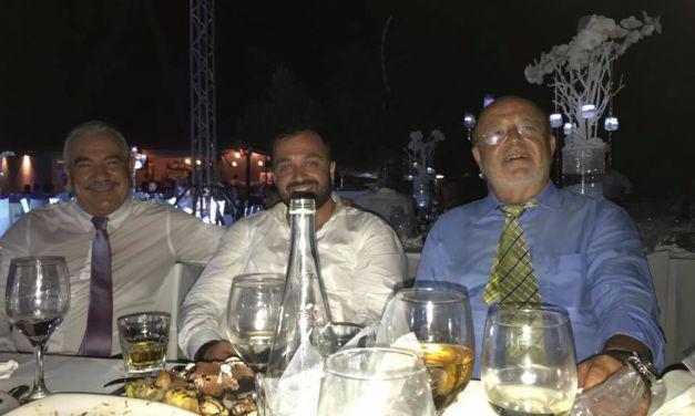 Ξεσηκωτικό τσιφτετέλι στο γαμήλιο γλέντι του Απ.Πανταζή!
