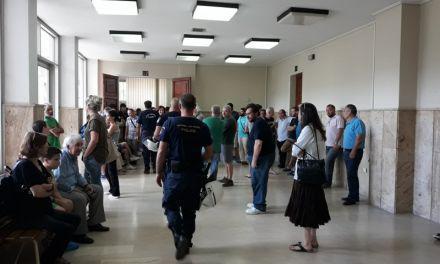 Αναβρασμός στα Δικαστήρια Αγρινίου- Διαδηλωτές απέτρεψαν 3 πλειστηριασμούς!(ΒΙΝΤΕΟ-ΦΩΤΟ)