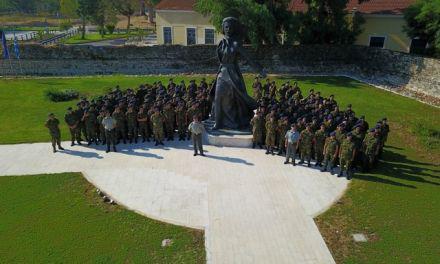 Επισκέψεις των νεοσύλλεκτων οπλιτών του 2/39 Συντάγματος Ευζώνων σε ιστορικούς χώρους και μνημεία του Μεσολογγίου