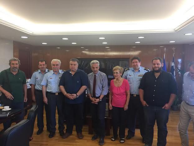 Ο Δήμαρχος Μεσολογγίου και μέλη της κίνησης πολιτών του Αιτωλικού στο Υπ. Προστασίας του Πολίτη