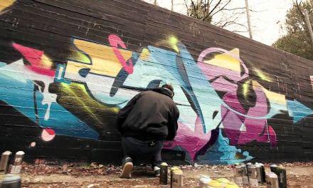 Χειροπέδες σε γκραφιτάδες στο Αγρίνιο