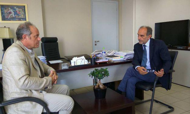 Αποδοτικότερη Δημόσια Διοίκηση στη συνάντηση  Απ. Κατσιφάρα με τον Συντονιστή Αποκεντρωμένης Διοίκησης Ν. Παπαθεοδώρου