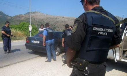 Μπλόκο και Συλλήψεις στην Ιόνια Οδό για διακίνηση παράνομων μεταναστών