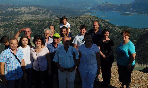 Στη κοιλάδα του Αχελώου και στο σαρακατσάνικο αντάμωμα μέλη & φίλοι της Αρχαιολογικής & Ιστορικής Εταιρείας Δ.Ε