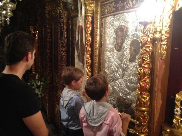 Τα θαύματα και τα προσκυνήματα της Παναγίας στην Αιτ/νία