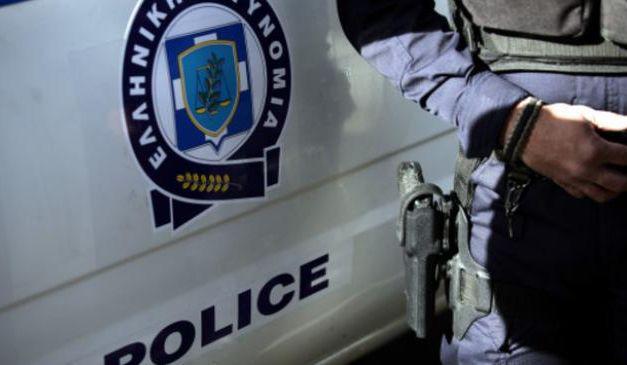 Σύλληψη στο πάρκινγκ του λιμανιού Αμφιλοχίας,για κατοχή ναρκωτικών