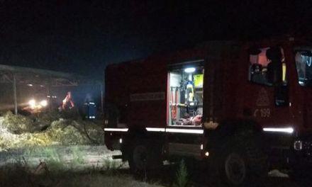 Αγρίνιο-Φωτιά σε αποθήκη καλαμποκιού στο Δοκίμι- Μεγάλη καταστροφή!(φωτο)