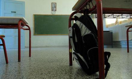 Aιτ/νία: Εχουν ρημάξει τα σχολεία-Ολόκληρη δεξαμενή πετρελαίου σήκωσαν στο Ευηνοχώρι