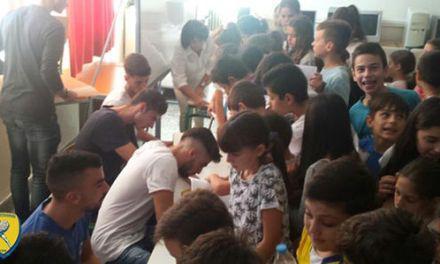 Επίσκεψη του Παναιτωλικού σε σχολεία για την Ημέρα Σχολικού Αθλητισμού (φωτο)