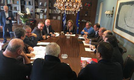 Ευρεία σύσκεψη στην Π.Ε. Αιτωλοακαρνανίας για τον ορισμό των ενδιάμεσων εκπτωτικών περιόδων