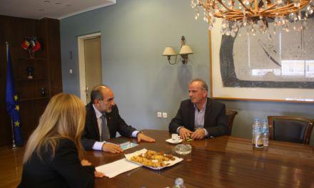 Συνάντηση του Απ. Κατσιφάρα με τον υποψήφιο Πρόεδρο του Επιμελητηρίου Αιτ/νίας Γιώργο Σωτηρόπουλο