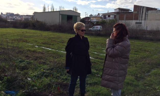 Η Μαρία Καλπουζάνη σε χωριά του Μεσολογγίου  που επλήγησαν από τις καταστροφές