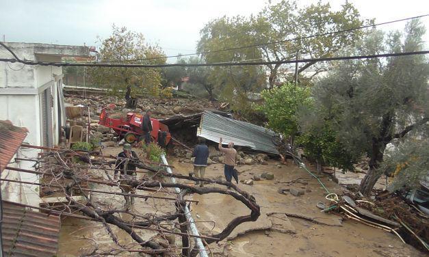 Αλληλοκατηγορίες για το ρέμα Λυκοραχίτη και τους πλημμυροπαθείς στο Ζευγαράκι