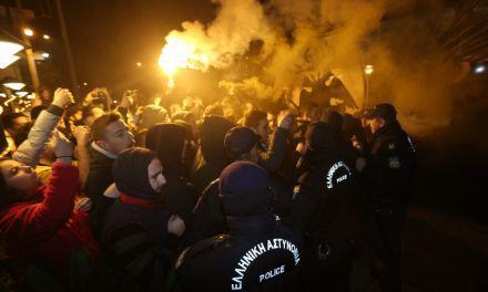 Χαμός για την ΑΕΚ στο Αγρίνιο (φωτο)