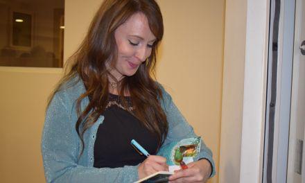 Παρουσιάζεται το Βιβλίο «Κει που λούζονταν Νεράιδες» της  Νένα Μπούρα στην Αμφιλοχία