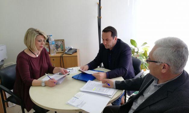 Η περιφέρεια προετοιμάζει την ημερίδα για το φαινόμενο των μεδουσών