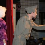 """Θεατρική παράσταση στην Αμφιλοχία: """"Έξω χιονίζει""""-24,25.& 26 Μαρτίου"""