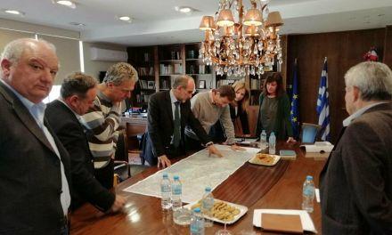 Στον Περιφερειάρχη Δυτικής Ελλάδας Απ. Κατσιφάρα παρουσιάστηκε η μελέτη για την οδική σύνδεση του Αγρινίου με την Ιόνια Οδό