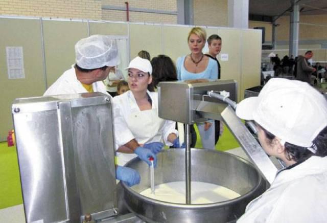 Eρχεται νέα ρύθμιση για τον έλεγχο της αγοράς γάλακτος