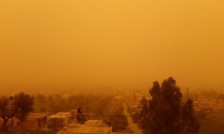 Πνιγμένη στην σκόνη και η Αιτωλ/νία