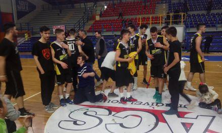 Ο Πρόεδρος και το Δ.Σ. της ΑΛΦΑ 93 συγχαίρει την ομάδα Παίδων που κατέκτησε το Πρωτάθλημα Δυτικής Ελλάδας