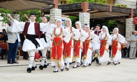 Εντυπωσίασε το 16ο Μαθητικό Φεστιβάλ Παραδοσιακών και Λαϊκών Χορών στο Θέρμο