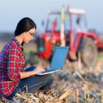 Δωρεάν τηλε-εκπαίδευση σε αγρότες