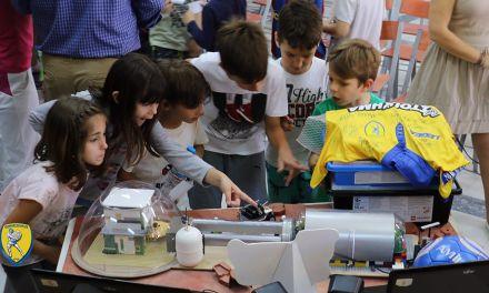 Ο Παναιτωλικός  δώρισε στους μαθητές του 7ουΔημοτικού Σχολείου ρομποτικό υλικό(φωτο)