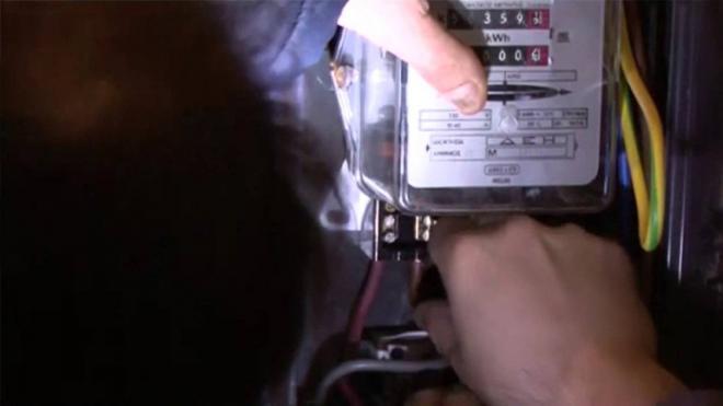 Αποτέλεσμα εικόνας για Ρευματοκλοπές: Οι ηλεκτρολόγοι του Μεσολογγίου καταδικάζουν κάθε παράνομη ενέργεια
