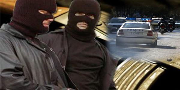 Τρόμος για 59χρονη στη Βόνιτσα – Μπήκαν σπίτι της, την απείλησαν και την λήστεψαν!