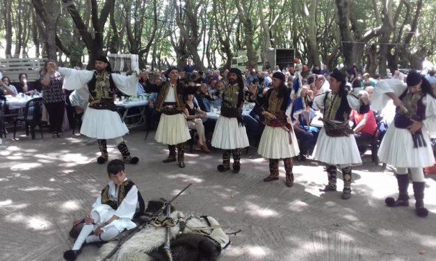 Βούλιαξε ο Πλατανιάς και φέτος στο μοναδικό γνήσιο Σαρακατσάνικο Αντάμωμα που γίνεται στην Δυτική Ελλάδα