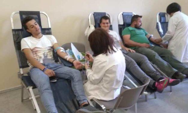 Mε επιτυχία οι αιμοληψίεςστο Θέρμο από το Σύλλογο ΕθελοντώνΑιμοδοτών